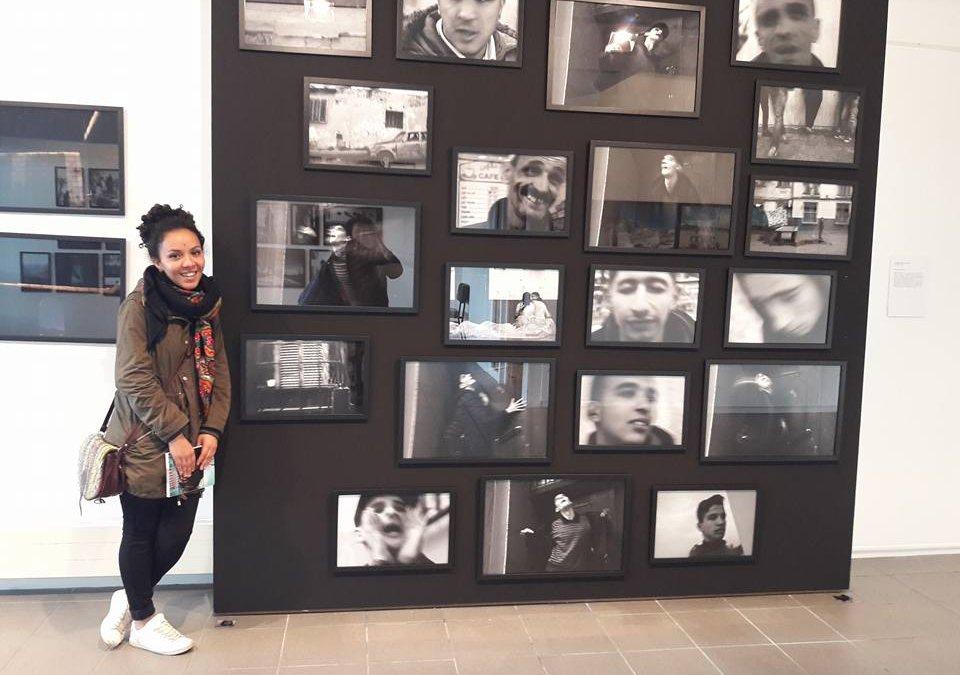 Lola Khalfa, toute l'énergie de la jeune photographie algérienne.
