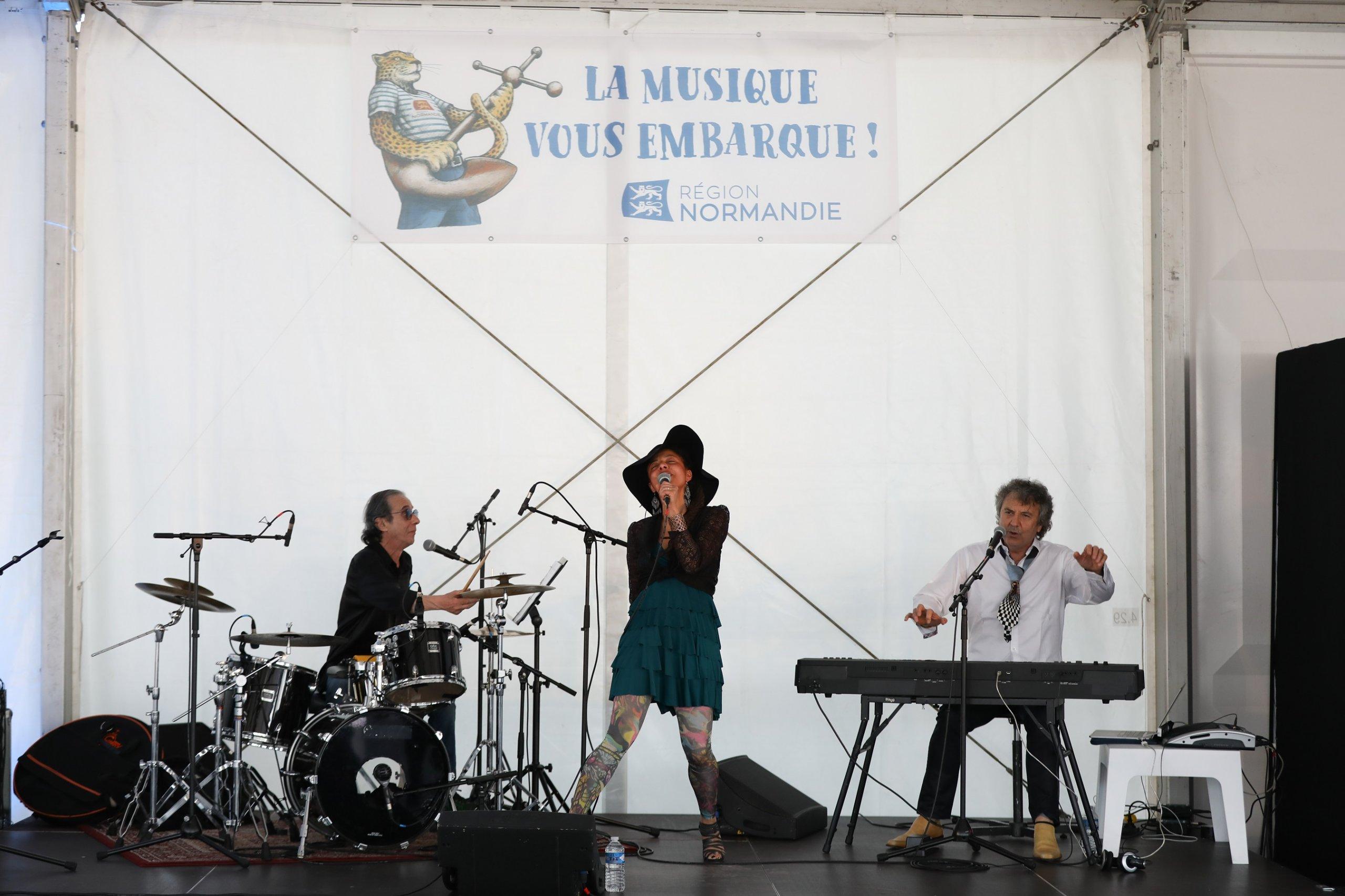 DébaDuo & Marquito en concert à l'Armada